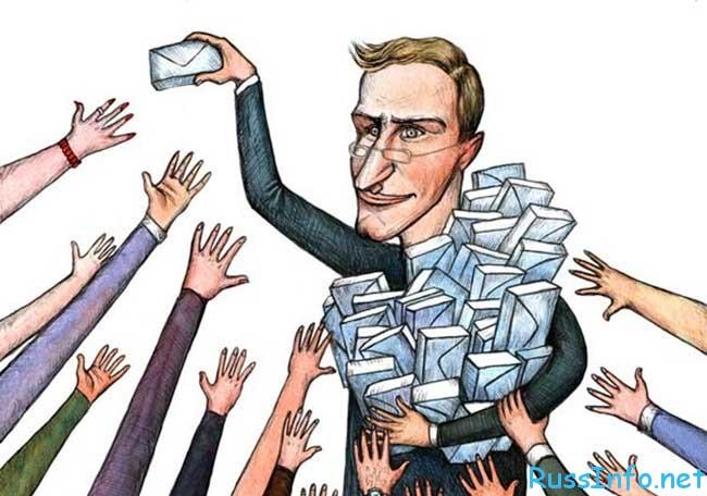 повышение окладов контрактникам в России последние новости
