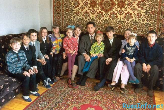Как получить российское гражданство военному пенсионеру