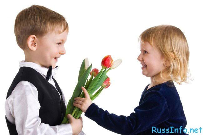 подарок своими руками однокласнице к 8 марта
