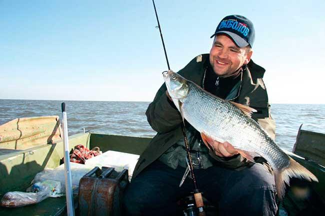 календарь рыболова 2017 распечатать