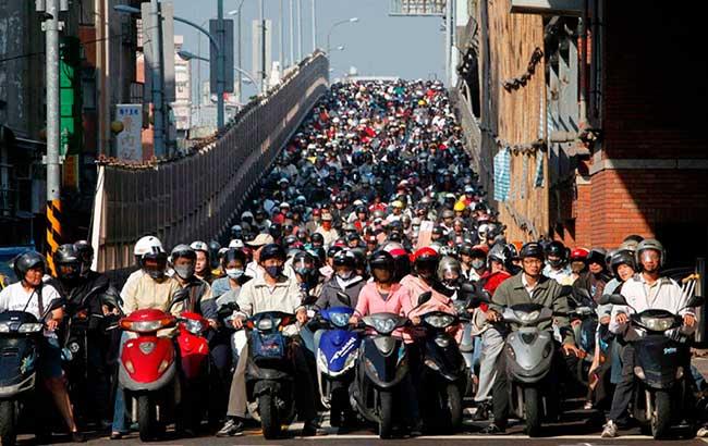 численность населения Земли на 2017 год составляет