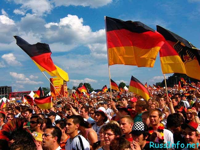 население Германии на 2021 год составляет