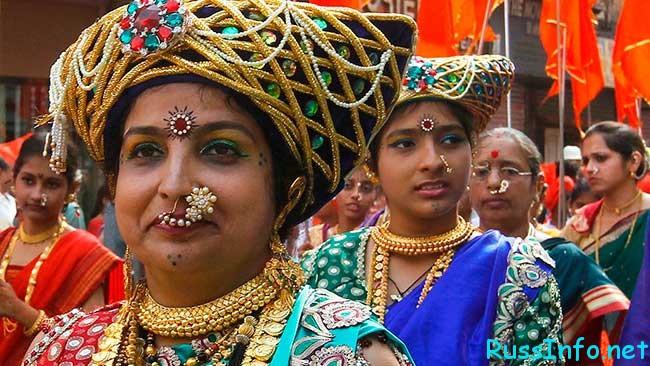 население Индии на 2019 год составляет 2 миллиарда