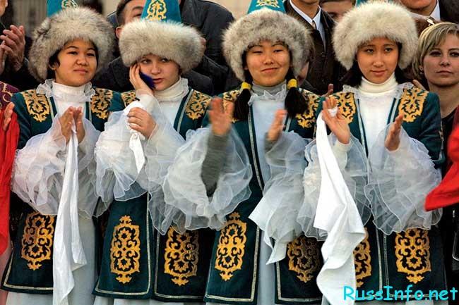 численность населения Казахстана на 2019 год составляет