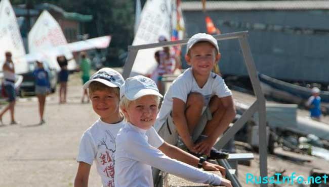 численность населения Краснодара на 2019 год составляет