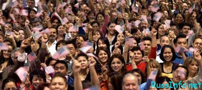численность населения США на 2019 год составляет
