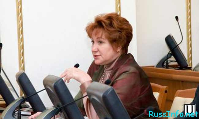 повышение окладов работникам культуры в России последние новости