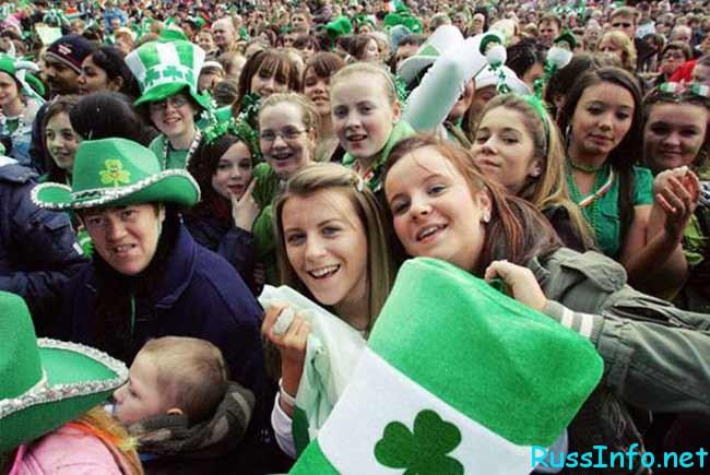 население Ирландии на 2019 год составляет ... человек