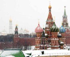 Красная площадь в снегу