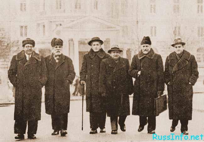 Александр Гедике с коллегами