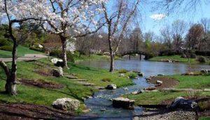 апрель уникален в своем образе