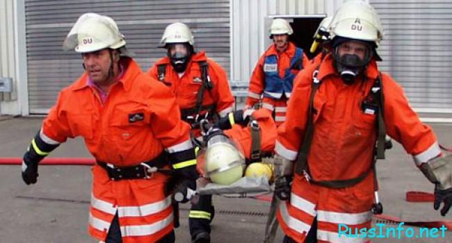 пожарные и принадлежности