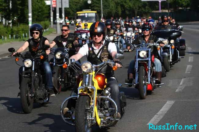 день мотоциклиста