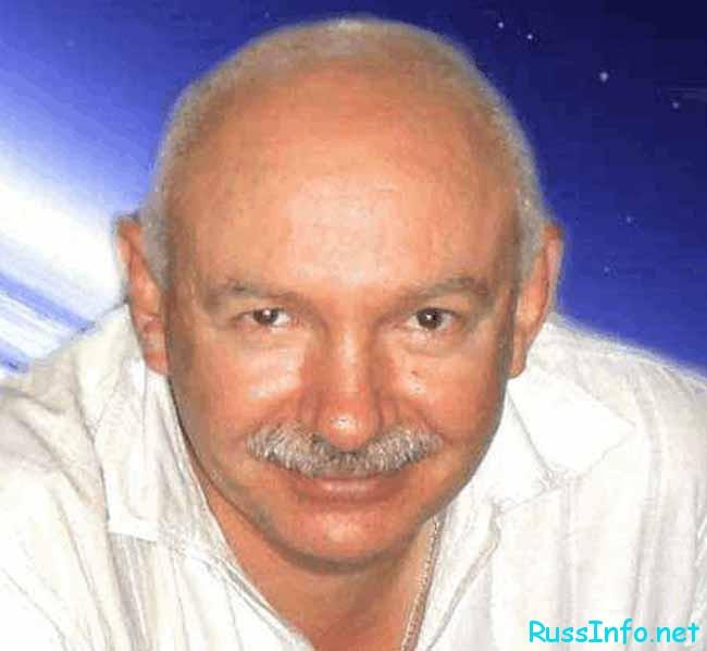 Андрей Андреев – косморитмолог