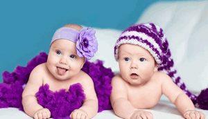 двое малышей