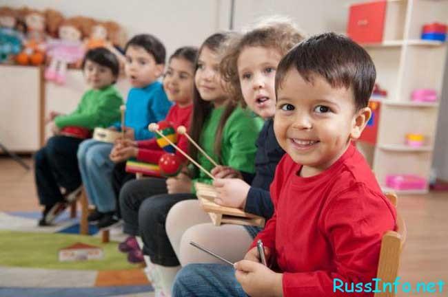 начисление воспитателям в детских садах...