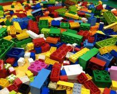 под торговой маркой Лего