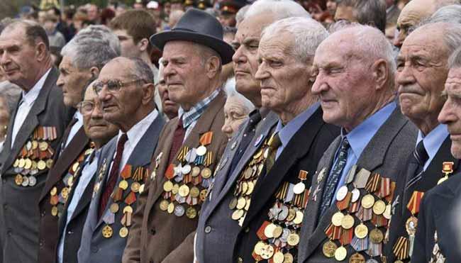 Ветераны войны в орденах