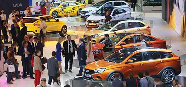 Выставка автомобилей АвтоЗаЗ
