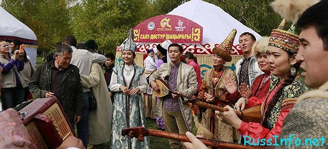 Торжества на День Влюбленных в Казахстане